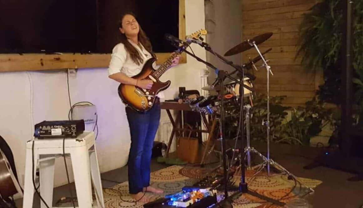 Victoria-Cordona-Medium